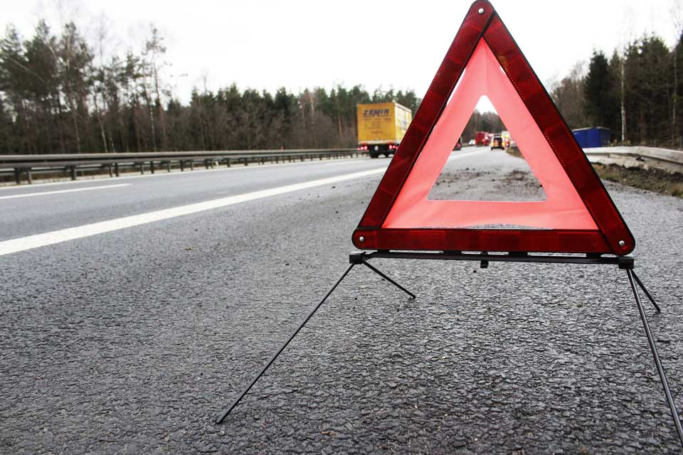 Emergency triangles for driver safety.